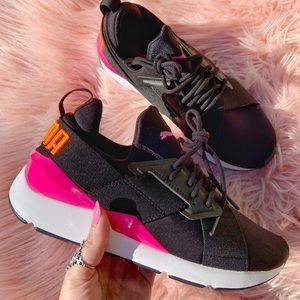 New Puma Women's Muse Chase Sneakers
